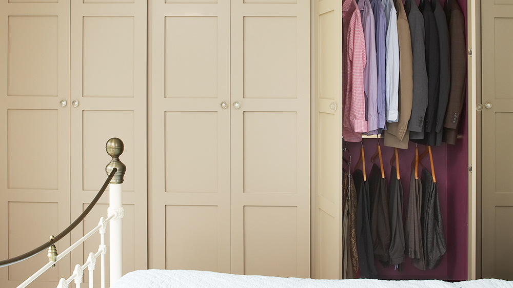 Wardrobes   Made To Measure With Painted Or Veneer Finishes